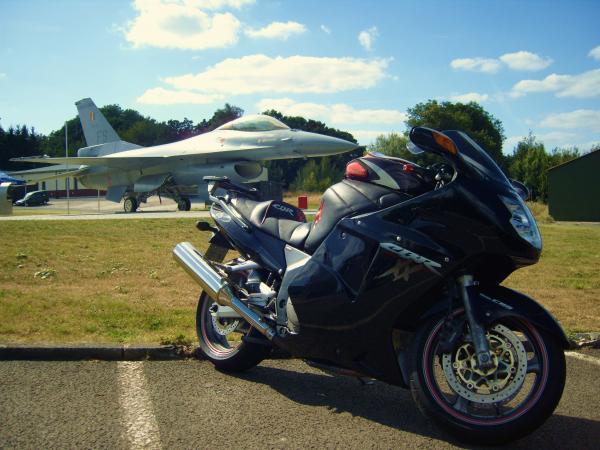 moto 004