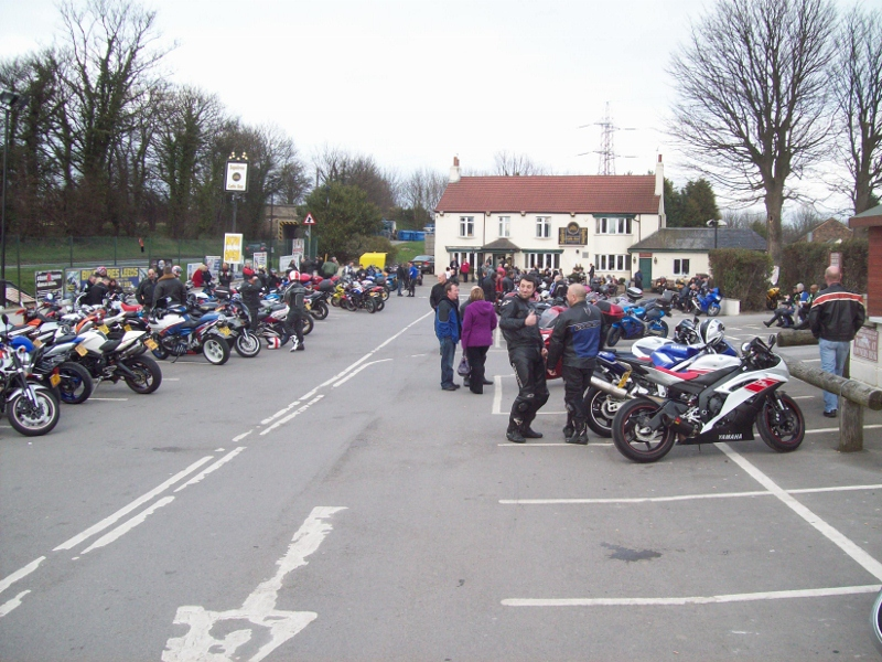 squires bikers cafe march 2011  (800x600)